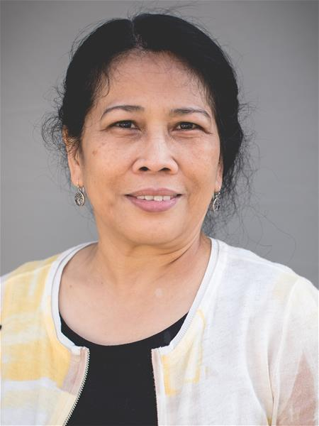 Ms Tina
