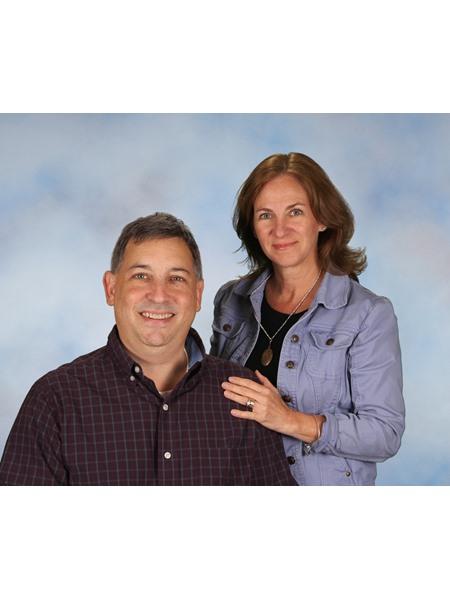 Meet  Janelle & Mike Glasser - Owners/Operators